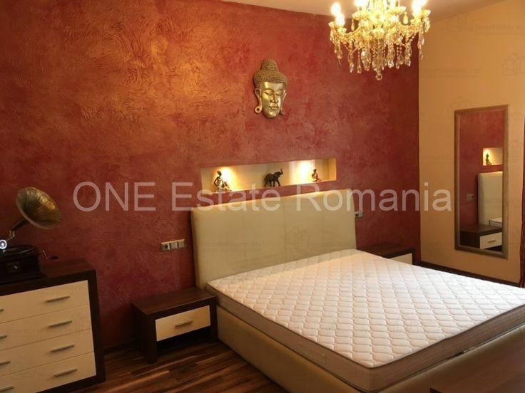 ONE Estate Romania va prezinta spre inchiriere un apartament de 3 camere situat in zona Titulescu, aflat pe o strada cu vile. Apartamentul detine mobila si finisaje lux. Este compus dintr-un living spatios open space, un dormitor matrimonial, o camera mobilata cu canapea extensibila si dulap, o...