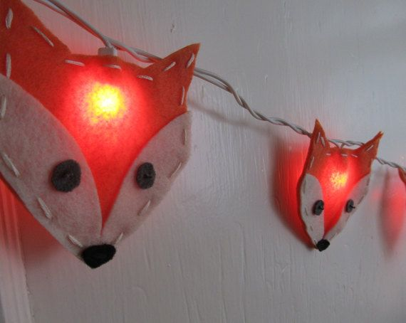 Felt Fox String Lights/Nightlight for Nursery Woodland Theme. cannot go wrong with these sweet little fox faces.