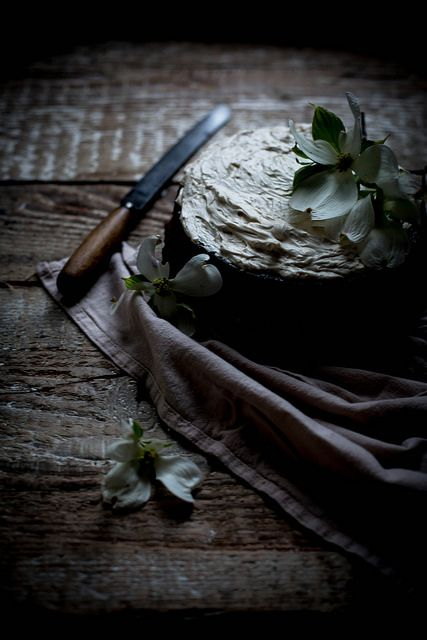 Rich chocolate lavender cake + mascarpone earl grey german buttercrea ...