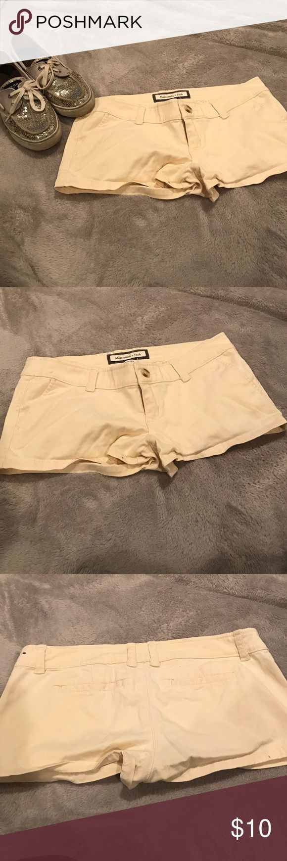Abercrombie and Fitch short shorts Daisy dukes from Abercrombie and Fitch worn size 2 stretch (Sperry shoes available in a separate listing) Abercrombie & Fitch Shorts