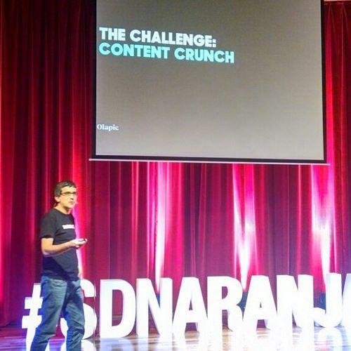 Nicolas Ramos de @Olapic hablando de earned content #SDNaranja @TarjetaNaranja #olaevents