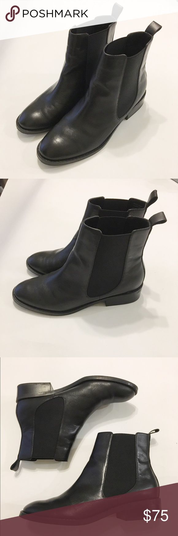 Aldo Boots These are like new Aldo ankle boots in excellent condition. These do run true to size. Aldo Shoes Ankle Boots & Booties