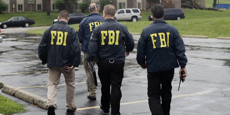 BREAKING: Comey Mandates All FBI Agents Report to D.C. Offices; Prep for Raids, Possible Arrests in Clinton Probes (11/4/16)