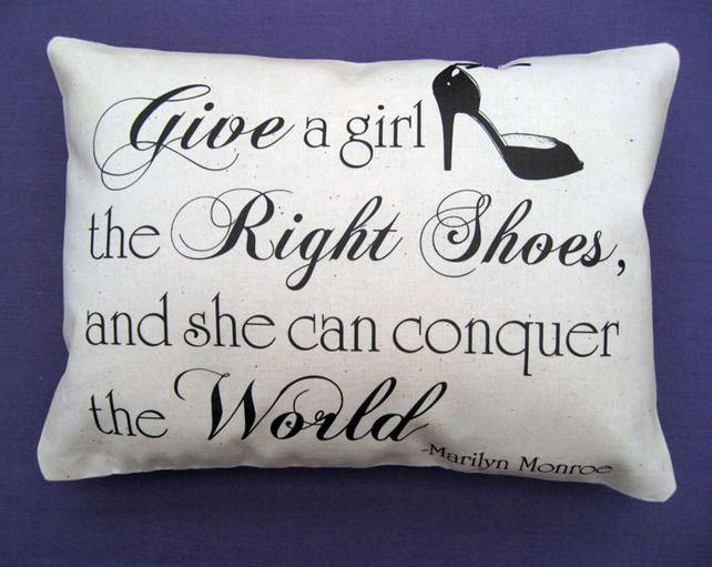 157 best Paris\/Elvis\/Marilyn Inspiration Decor images on Pinterest - marilyn monroe bedroom ideas