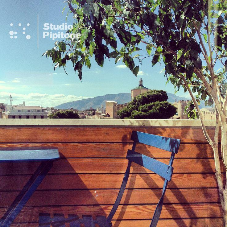 #StudioPipitone_windowviews  #StudioPipitone    #Viste dalla #finestra dello #studio. #Views from the #studio #window.  @Fermob