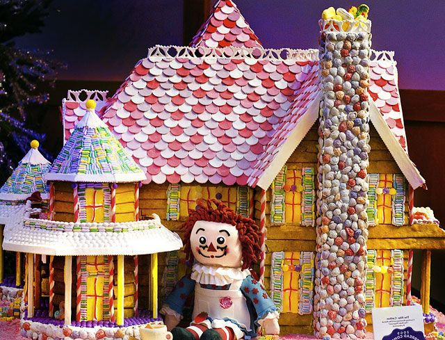 87 Best Gingerbread Houses Images On Pinterest Christmas