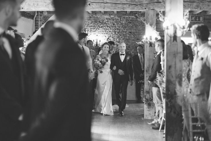 Look at the smile on this brides face!! #thegranaryestates #thegranarybarns #suffolk #ceremonyroom #flintbarn