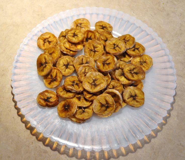Homemade Raw Vegan Banana Chips