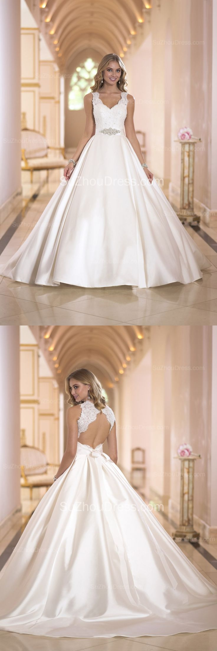 Satin Bridal Dresses V Neck Appliques Beading Sash Elegant Ball Gown with Bow Court Train Wedding Gowns