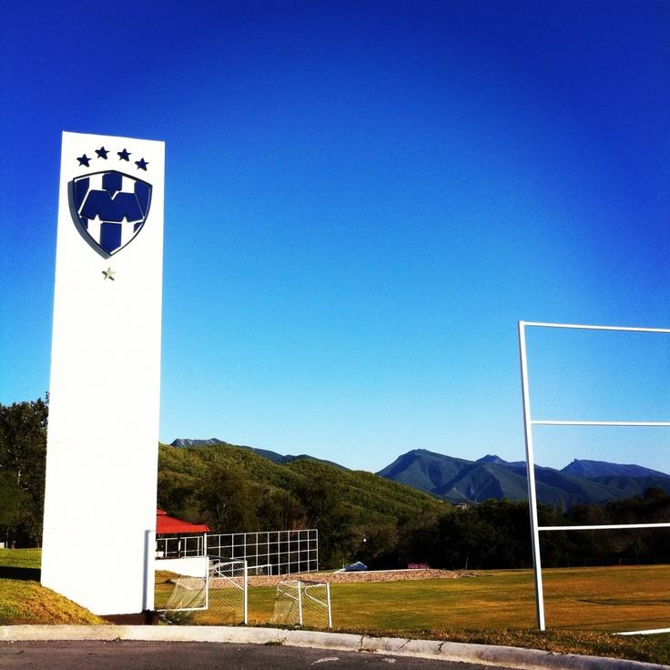 Instalaciones de entrenamiento de los Rayados ubicado a unos kilómetros de la Carretera Nacional.