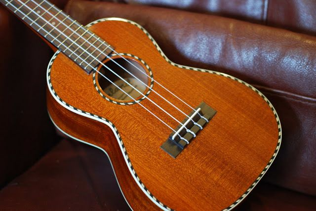 24 best images about ukulele stuff on pinterest duke for Housse ukulele concert