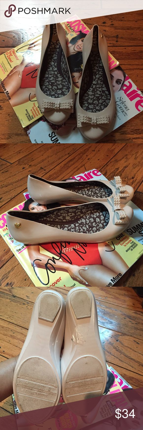 Me By Melissa jelly/ plastic flat shoes for women This is a very cute pair of Mel by Melissa nude flat shoes in size 8. Great condition Melissa Shoes Flats & Loafers