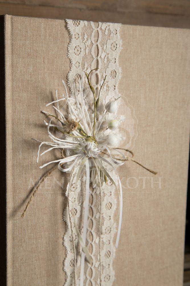 Βιβλίο ευχών γάμου ντυμένο με ύφασμα, δαντέλα και vintage style σύνθεση