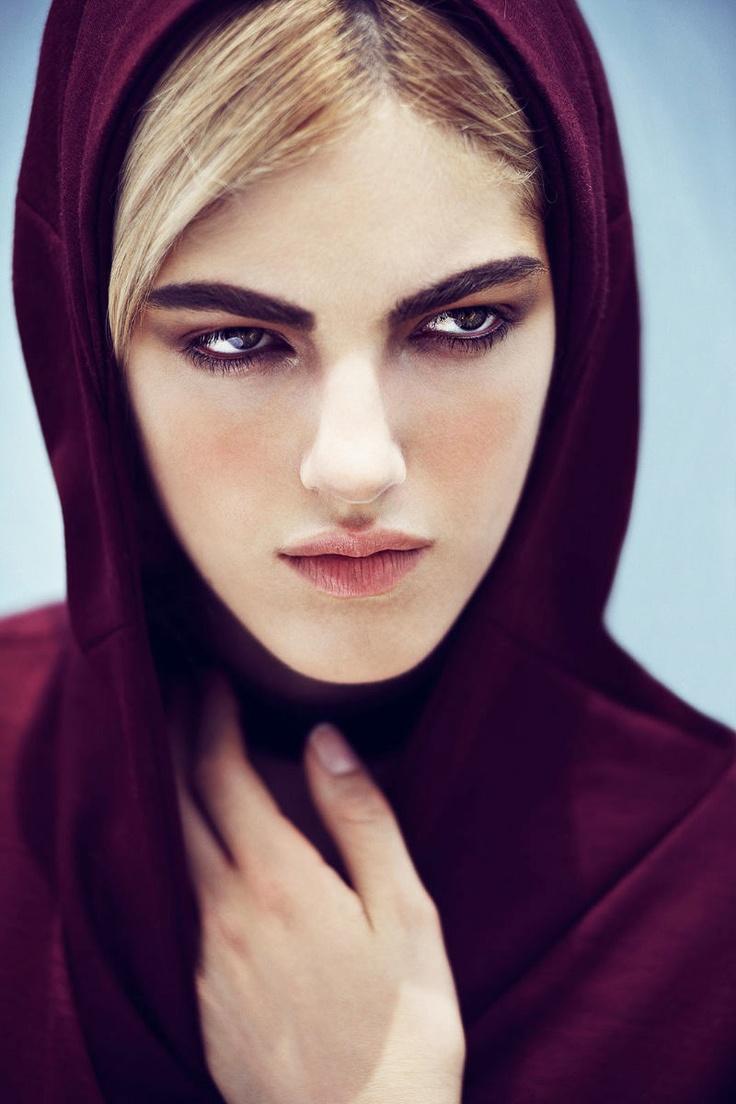 Naomi Preizler - love her style #BEAUTIFUL