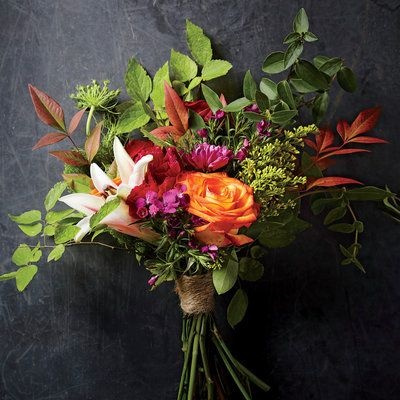 The Grocery Store Florist: The $20 Statement Bouquet