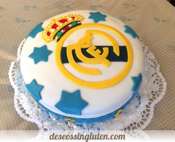 ¿Vuestros hijos son aficionados al fútbol? Si son del #RealMadrid, ¡seguro que les flipa esta tarta sin gluten!