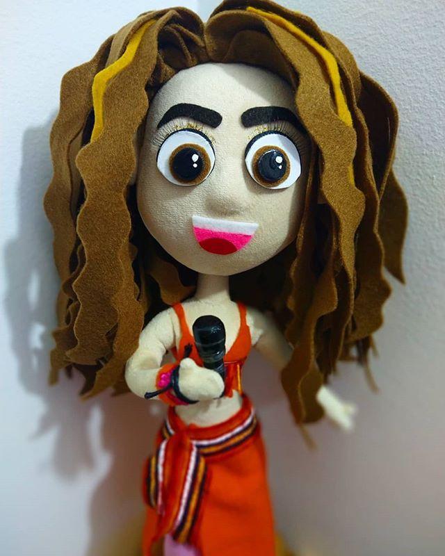 Shaki Dolly Shakidolly Fotos Y Videos De Instagram In 2020 Shaki Shakira Dolly