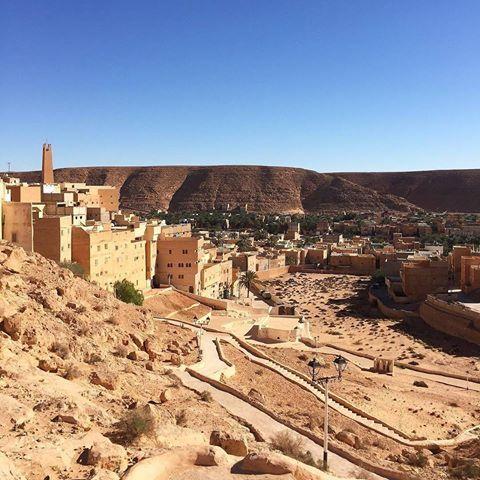 This View 🇩🇿 || Ghardaïa . . .Top or Flop ? . Copyright : @descendre_en_algerie 🇩🇿 🔓hashtag, use #tourismAlgeria ➖➖➖➖➖➖➖➖➖➖➖➖➖➖➖➖➖➖➖➖ #Algeria #adventure #africa #amazing #dz #tourism #tourismAlgeria #algerie #الجزائر #السياحة #dz #dzair #instatravel travel #Algiers #Oran #Constantine #grandmaghreb #casbah #capitale #tikejda #tikjda #saharadesert #sahara #desert