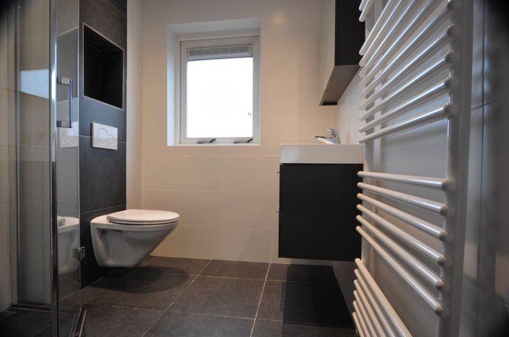 referentie in Haarlem. Complete badkamer installatie in de oude woning .Compleet alles vernieuwd en vervangen.