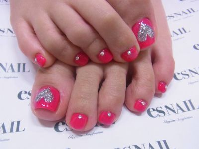 Red & silver toe nails