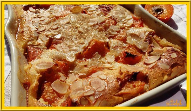 Voici une recette de Cyril Lignac, j'adore les abricots et j'ai voulu tester ce dessert. Cyril Lignac met 100g de sucre de canne mais j'ai préféré en mettre seulement 80g, car j'avais envie de faire ressortir l'acidité de l'abricot, par contre j'ai saupoudrer...