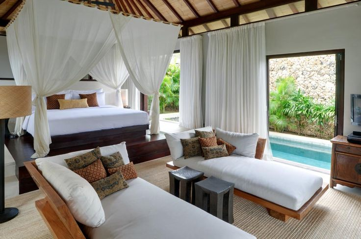 Villa Pawana's spacious master bedroom also features a private plunge pool. #semarauluwatu #bali