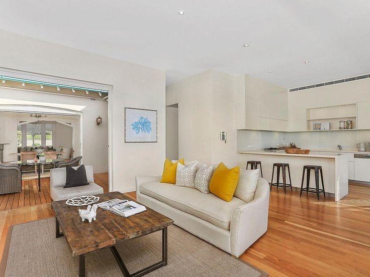 28/5/15 Mosman, NSW Sales Agents - Jacqui Rowland-Smith and Priscilla Schonell McGrath Estate Agents Lower North Shore Property - McGrath Estate Agents 02 9006 6388 #houseoftheday #kitchen #mosman #mcgrath