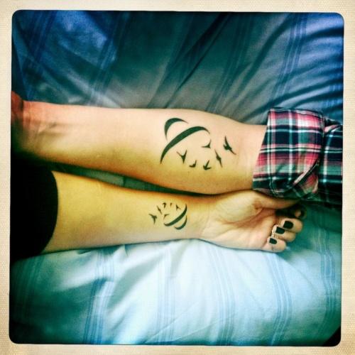 Matching bird tattoos. matching ampersand tattoos. His/hers tattoo. Couples tattoo. Couples ampersand tattoos. Ampersand tattoo.