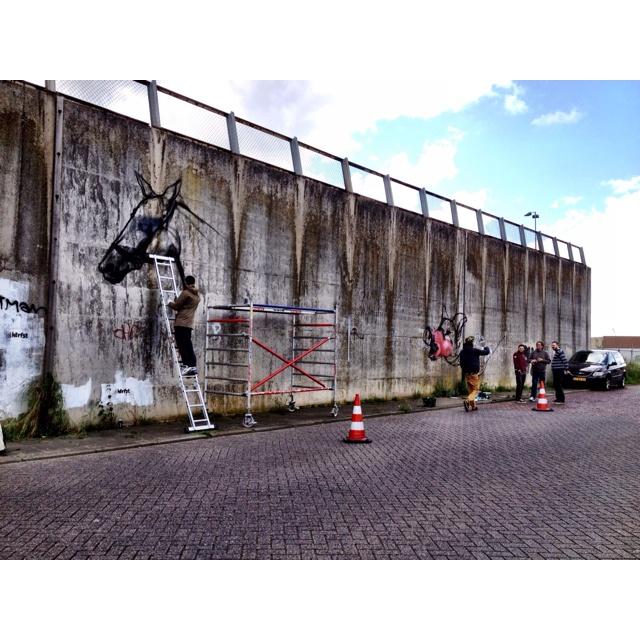 Berlijnse muur CSM krijgt een kleurtje.