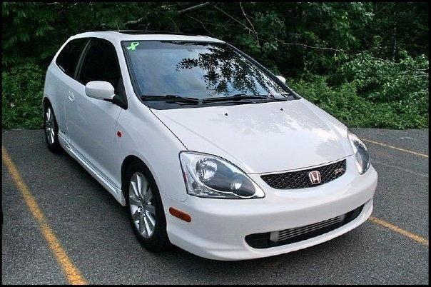 2004 Honda Civic Si. I love this car.