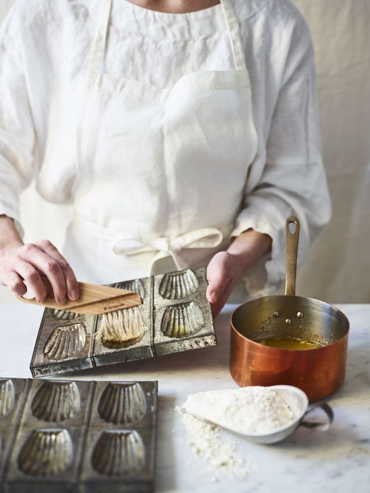 Curved Pastry Brush | Shop The Cook's Atelier | Beaune, France