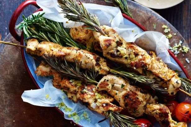 Pistachio-crusted chicken skewers main image