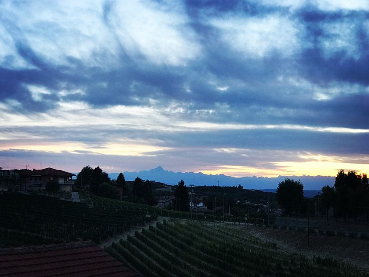 Valdivilla, Piedmont - the best view for a night cap. Live well at Casa Panoramica Valdivilla. Contact on casa.panoramica.valdivilla@gmail.com