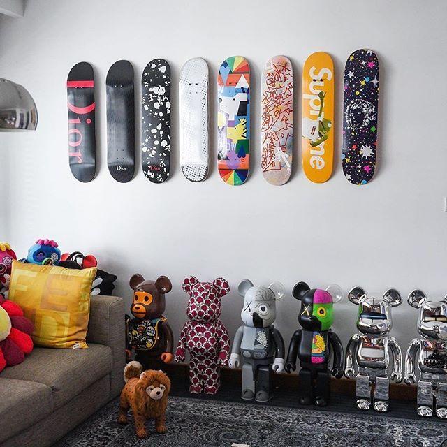 Living Room Vibes Winstonwinston1 Dior Takashipom Murakami Archive Mcmworldwide Bape Us Bape In 2020 Sneakerhead Room Hypebeast Room Game Room Decor