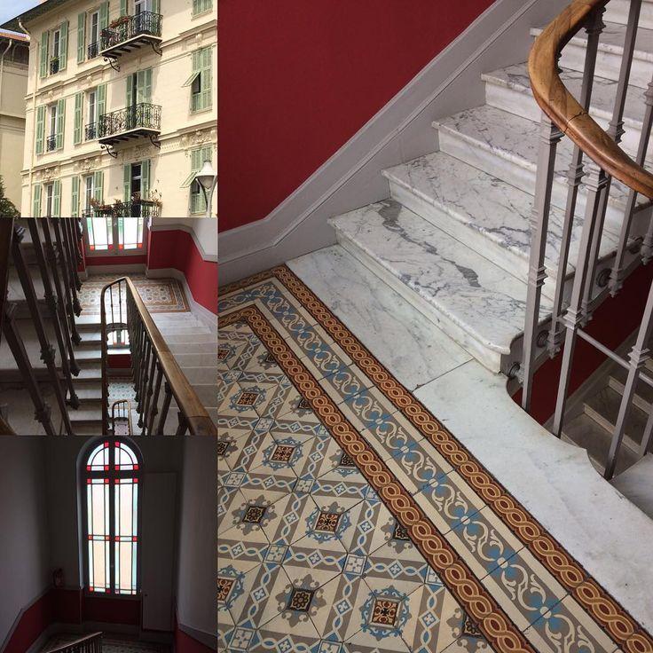 Quand #nice dévoile la beauté intérieure de ses magnifiques immeubles - #decoration #deco #carreauxdeciment #marbre #interior #interieur #escalier #ktyl #posezvotredecor