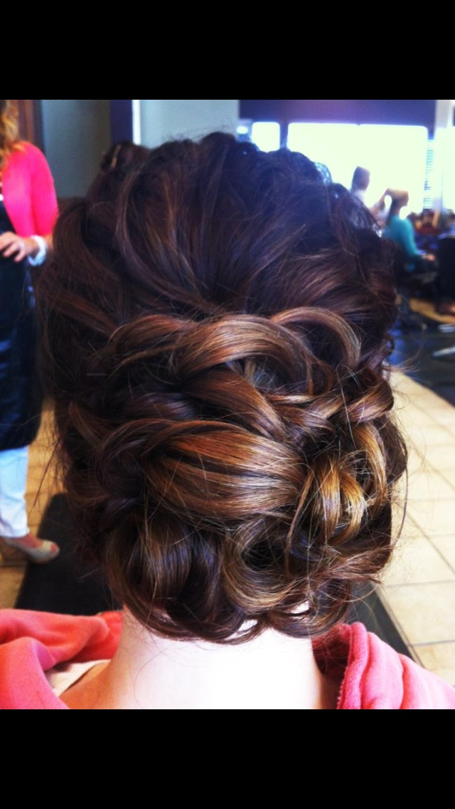 Wedding hair for a bridesmaid that wants an updo