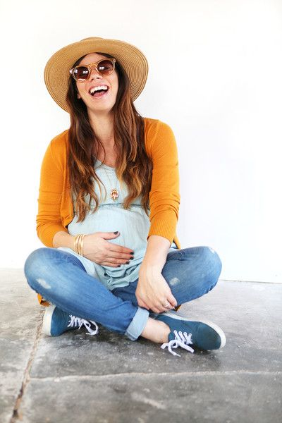 Maternity Style on a Dime by Elle Rowley - Solly Baby