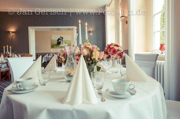 Wenn das Wetter mal nicht so mitspielt, können unsere Brautpaare auch ganz gemütlich in unseren Räumen das Kaffee trinken genießen!❤️  #schlosswulkow #schlosswulkow👌#Herz #liebe #Parkhotel #ehe #Geburtstag #trauung #schlosswulkow #Hochzeit #Love #Liebe #Trauung #ehe #Brandenburg #wulkow #schloss #Tagung #Standesamt #Kirche #Trauungen  #Übernachtung #Fotografie #Braut #Bräutigam #Wedding #Zeremonie #Tagungshotel #feiern  #frühstück #Neuhardenberg #Hochzeit #Hotel  #Geburtstag #Liebe #Herz