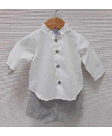 ff933d2f0 Conjunto para bebé niño en color blanco y gris. Camisa blanca con botones y  la