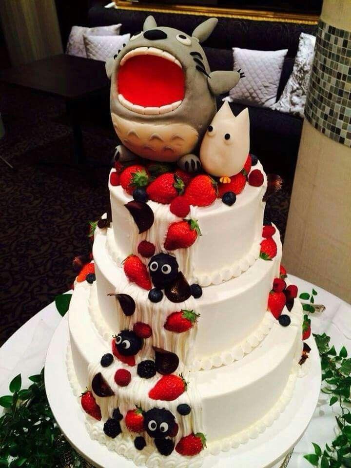 Totoro studio ghibli wedding cake ❤️
