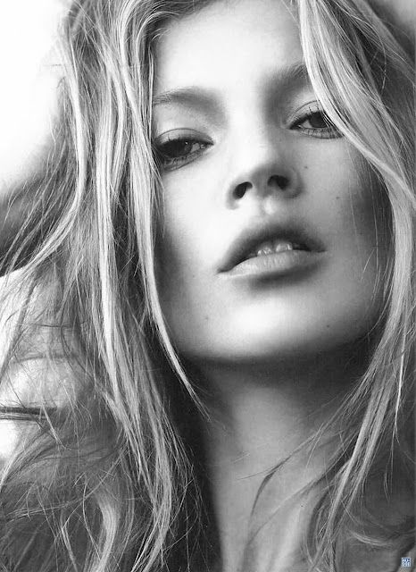 Kate Moss: absolutely iconic.