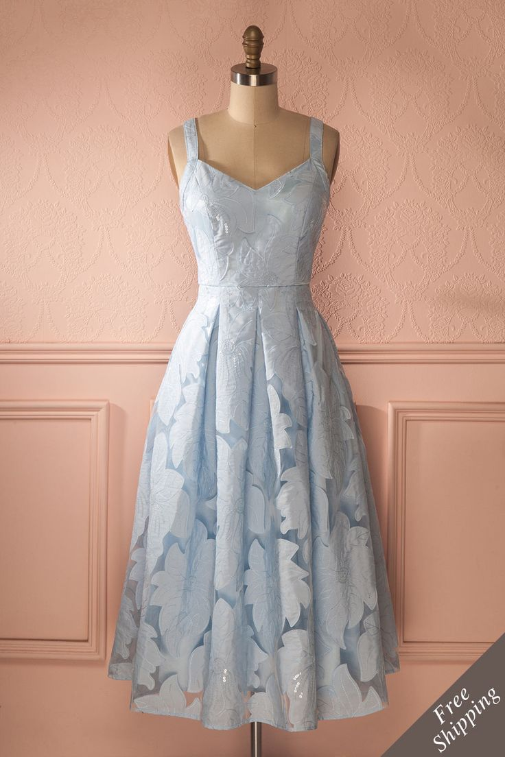 Mattie Sky - Baby blue floral appliqués midi dress