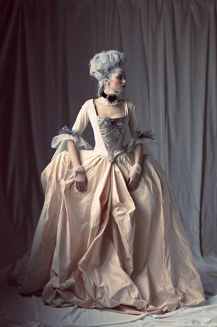 Every year of my adolescence I could recall wanting to wear a dress from this era.  I was obsessed!