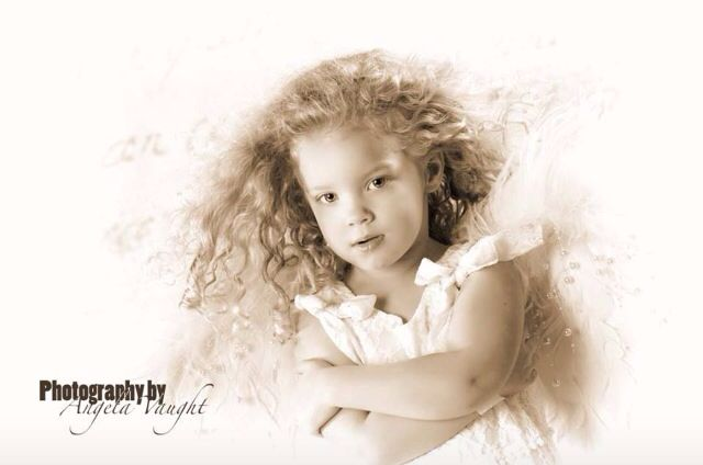 Look at those curls! #love#curls#little#girls#photo shoot ideas#children's photography