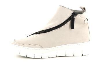 Det er vår og denne myke og gode sneakersen fra Nude of Scandinavia er super for denne års...