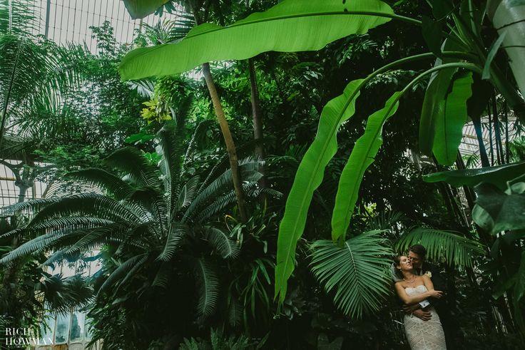 Wedding at Kew Gardens, London