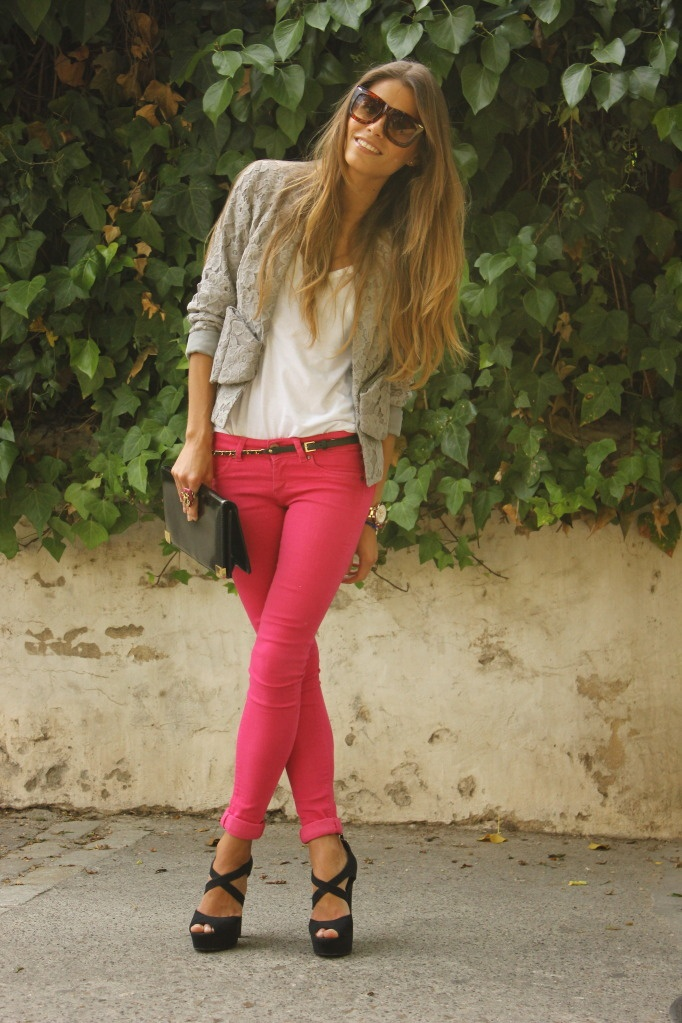 Pink Skinny: Shoes, Colors Pants, Fashion Style, Colors Jeans, Pink Skinny, Pink Pants, Outfit, Black Heels, Pink Jeans