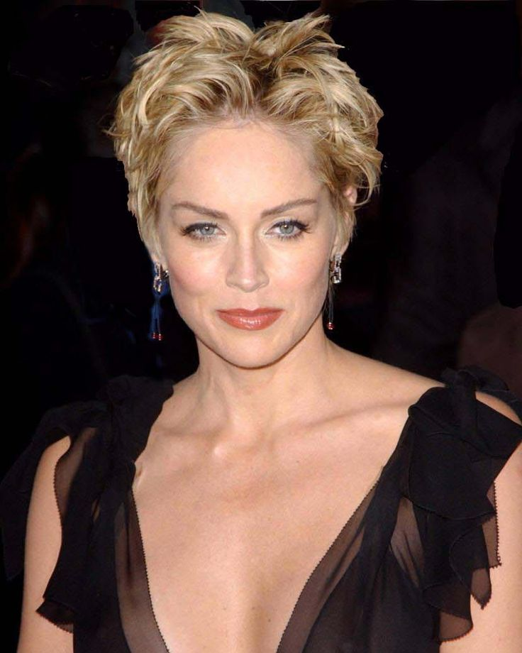 The 58-year old daughter of father Joseph William Stone and mother Dorothy, 171 cm tall Sharon Stone in 2016 photo