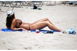 How to Get a Real Tan Fast (6 Steps)   eHow