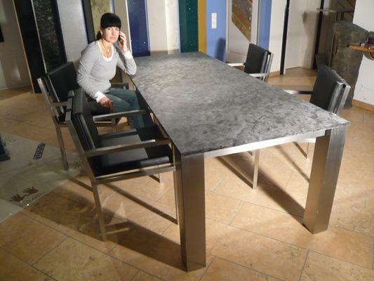 Caicos Tisch mit Edelstahlstühlen  http://www.tisch-nach-mass.com/Caicos